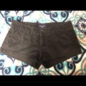 American Eagle size 00 black shorts